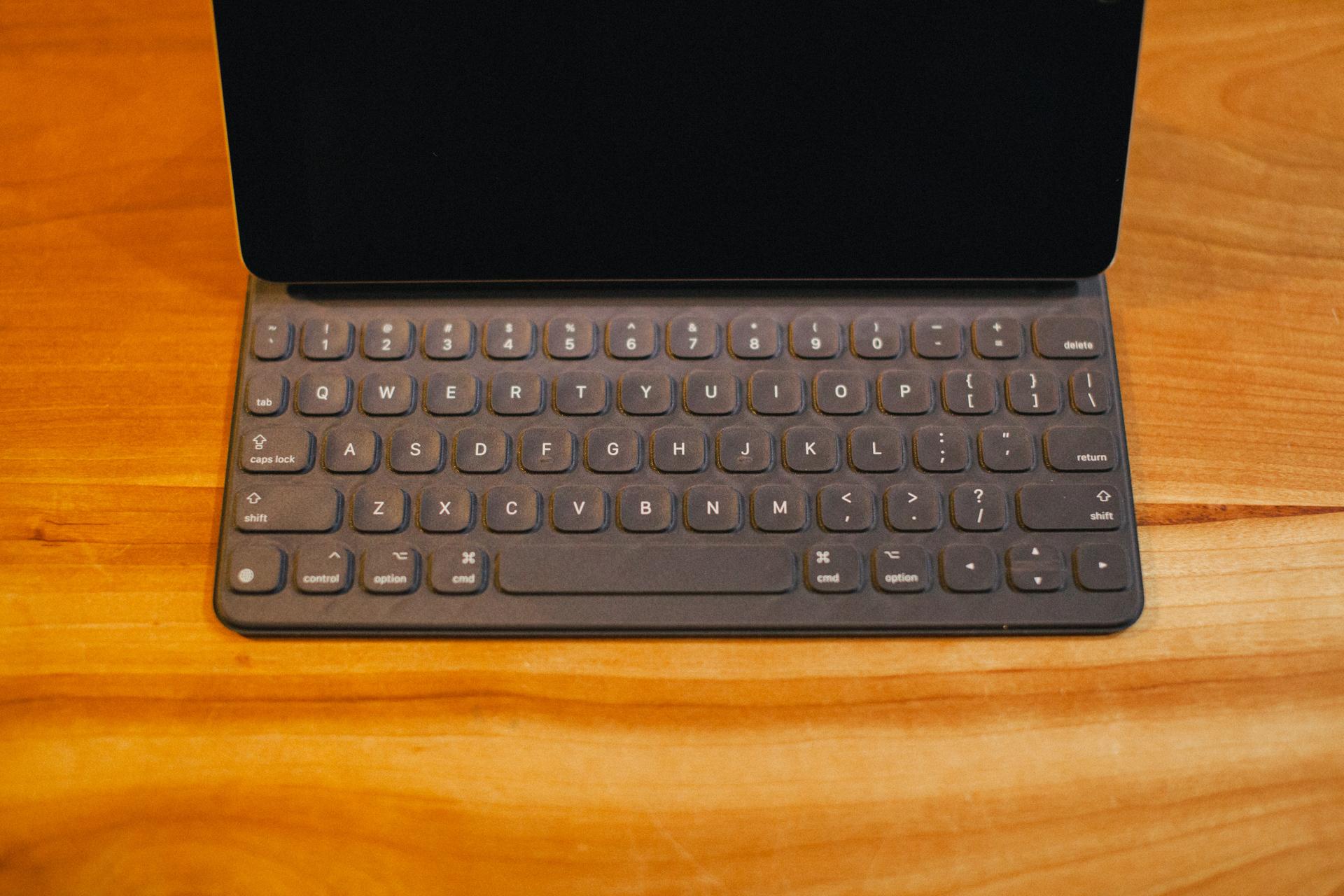 【今更】iPad Pro 9.7のSmart Keyboardを購入