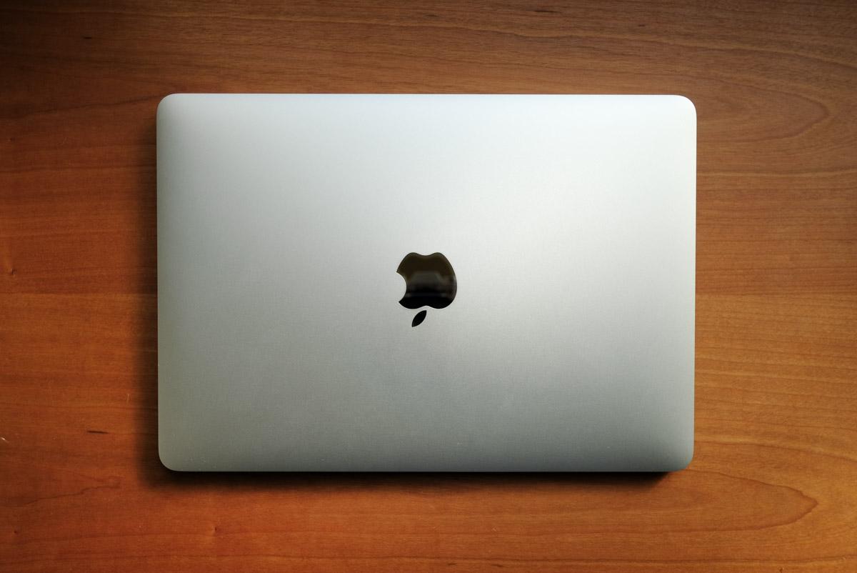 サブPCにメモリーを16GBにCTOした12インチ MacBook 2017 Core m3 を購入