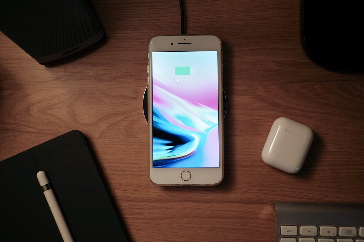 Ewin Qi ワイヤレス充電器 G3丸形 iPhone 8/8 Plus用に購入