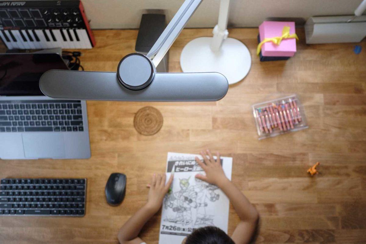 BenQのデスクライトWit MindDuoは作業や学習環境作りに最適【PR】