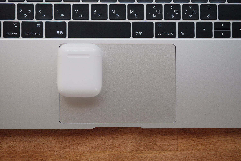 MacBook Air 2018/2019のトラックパッドとAirPods